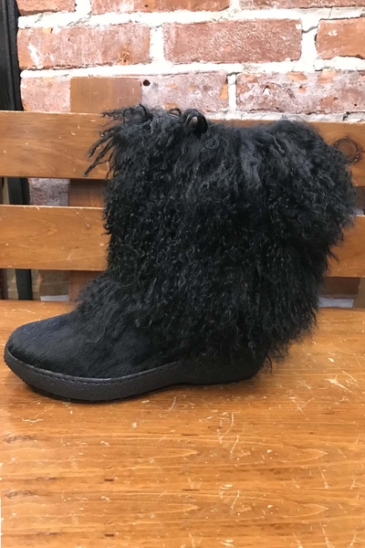 Ricci Short Curly Goat Boot
