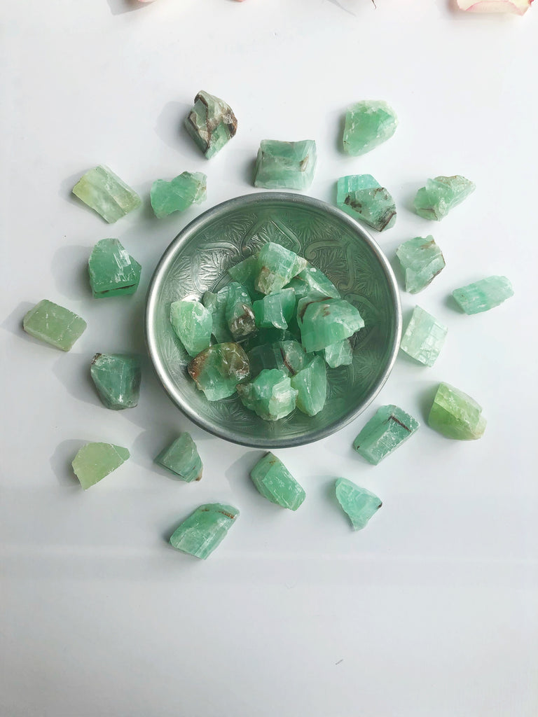 Green Calcite raw chunks