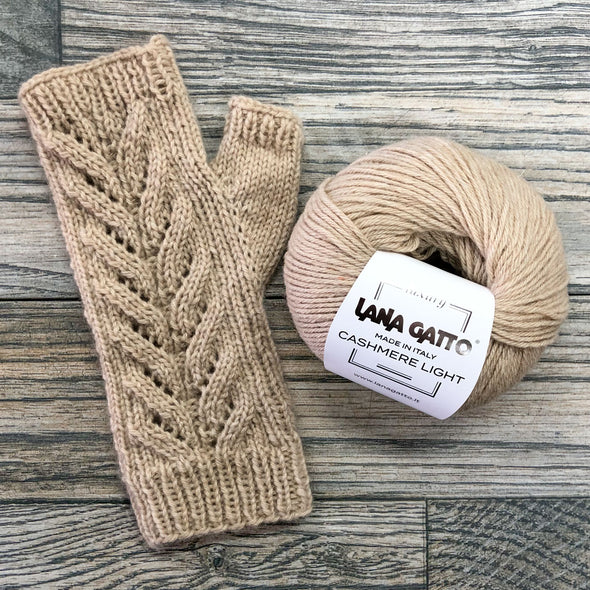 Lana Gatto | 100% Cashmere Fingerless Mitt Kit