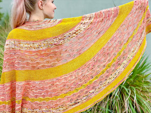 Emma's Yarn | Free Dive Shawl Kit