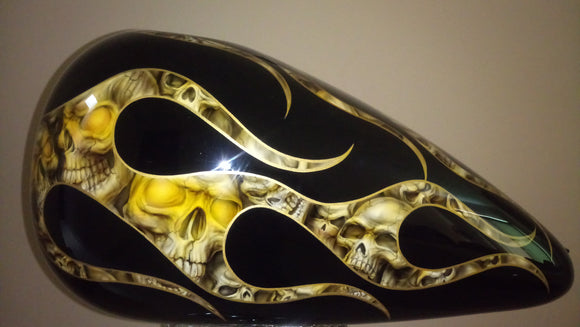 Harley Custom Paint Gas Tank black Skulls for Softail Fat Boy, heritage, Night Train 2000 01 02 03 04 05 06 07