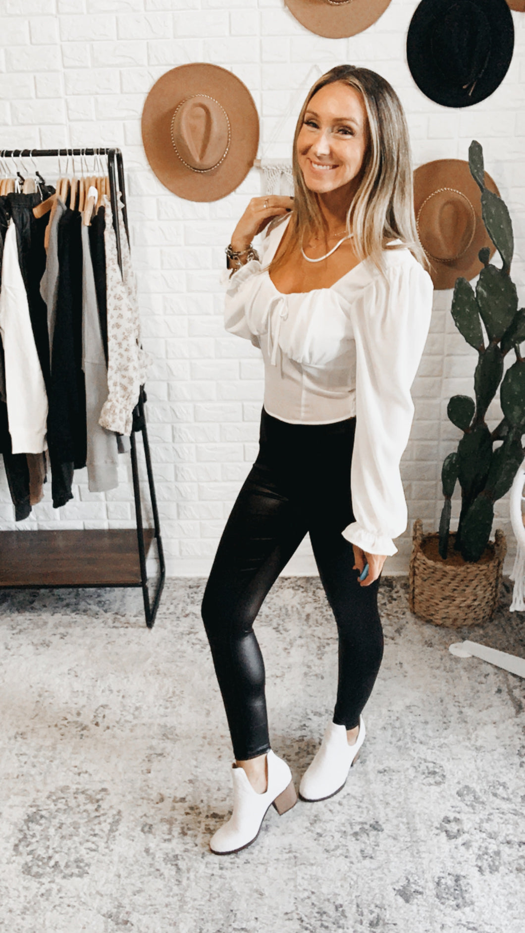 Elm Fox Long Sleeve Ruched Top Black or White, Free Shipping!