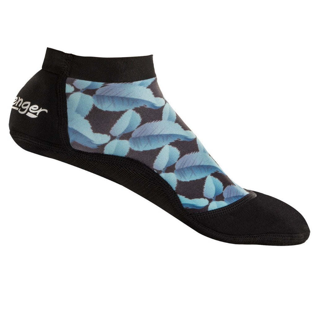 short beach socks with a blue feather pattern for sand volleyball and soccer