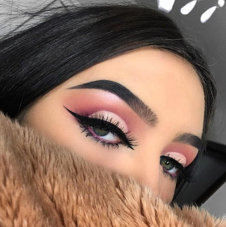 "@olaa_ig is wearing Glitter Lambs "" Champagne"" and ""Glow"" Loose Eyeshadow and Highlighter Pigments"