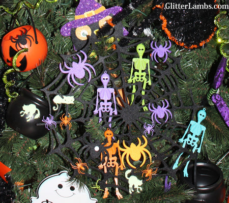 Halloween Christmas Tree Ideas and Decorations by GlitterLambs.com Skeletons, Pumpkins, Spiders, Black Cats, Glow In The Dark Halloween Christmas Tree Pictures