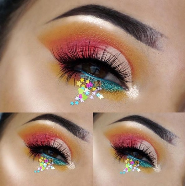 "Glitter Lambs ""Tropical Smoothie"" festival body glitter worn by @beautyby_kms #bodyglitter #festivalglitter #glitter #glitterlambs #faceglitter #glittereyes #festival"