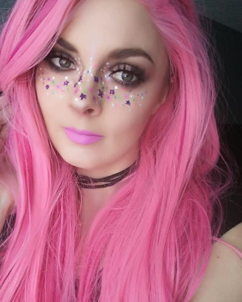 "Glitter Lambs ""My Unicorn Eats Birthday Cake"" Festival Body Glitter worn by @b.is4.beautyxox #glitter #bodyglitter #festivalglitter #chunkyglitter #faceglitter #glitterlambs #hairglitter #unicornglitter"