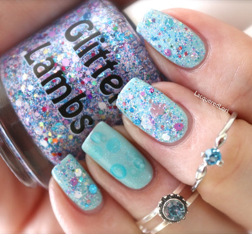 "Glitter Lambs ""Piggy Bubble Bath"" Glitter Topper Nail Polish worn by @lacqueredlori #nails #glitternails #glitterlambs #nailpolish #glitternailpolish #naliart #naildesigns"