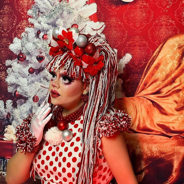 "Glitter Lambs 'You'll Float Too"" Body Glitter by GlitterLambs.com worn by @sleigherqueen #glitter #bodyglitter #redglitter #glitterlambs #christmas"