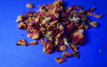 Rosebuds, dried