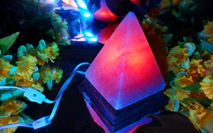 Light-Up Salt Lamp