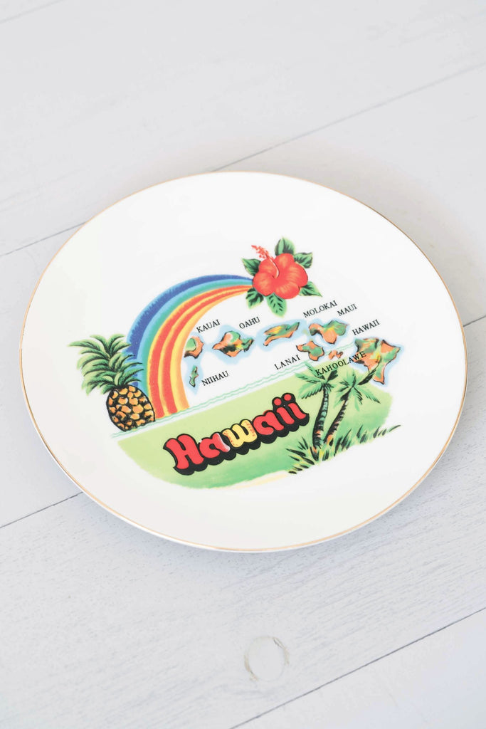 Vintage Hand-Painted Hawaii Souvenir Plate With Rainbow Colors and 21 Karat Gold Trim
