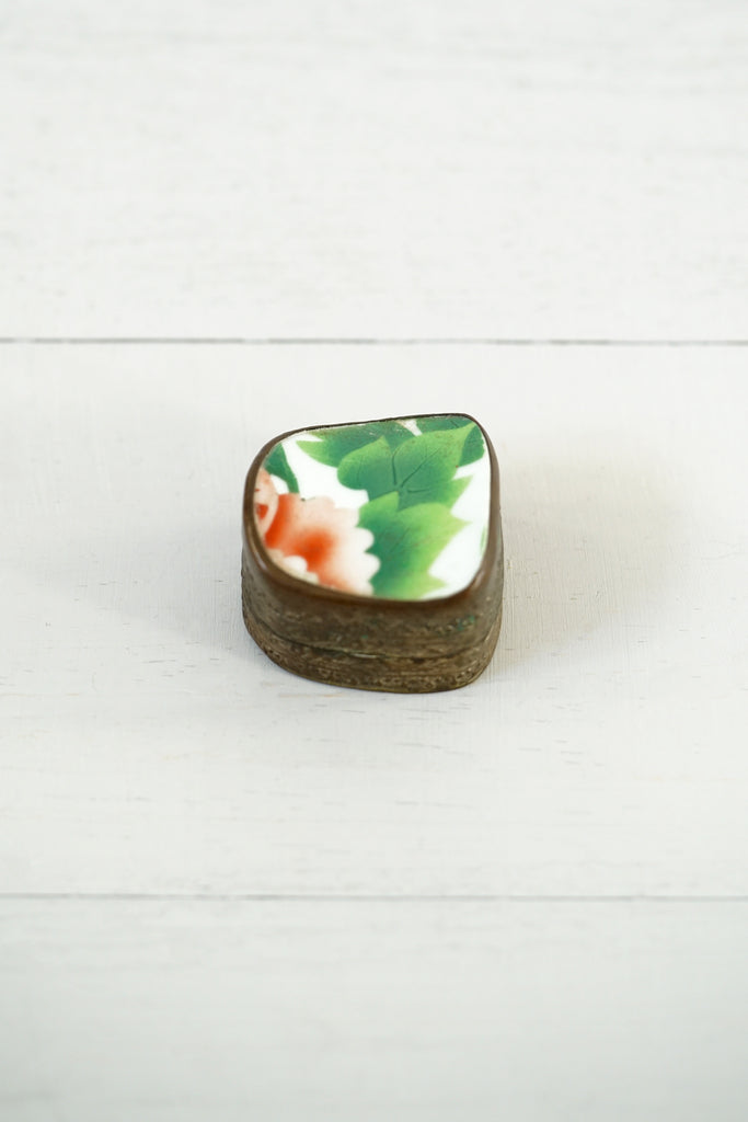 Vintage Embossed Silver and Enamel Flower Pill / Trinket Box