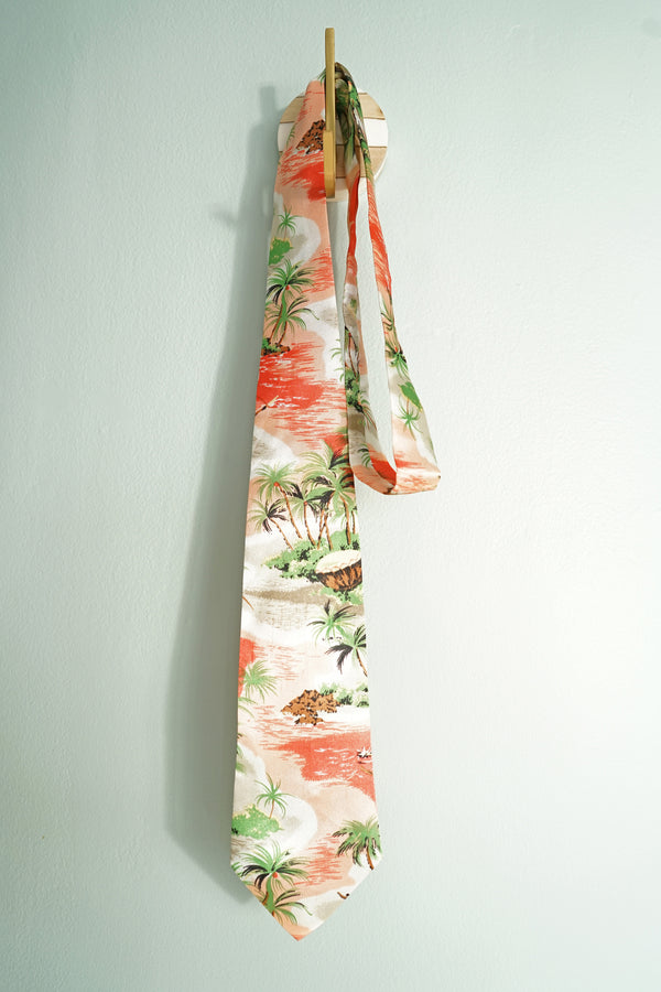 Vintage 1960s Super Soft Silk Men's Pink and Green Hawaiian Tie