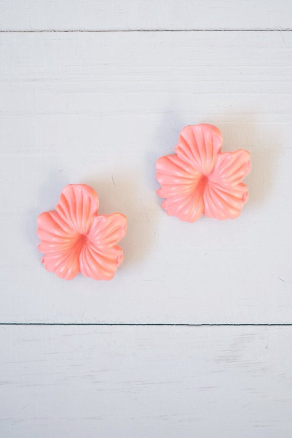 Vintage Large Peach Plastic Hibiscus Post Earrings