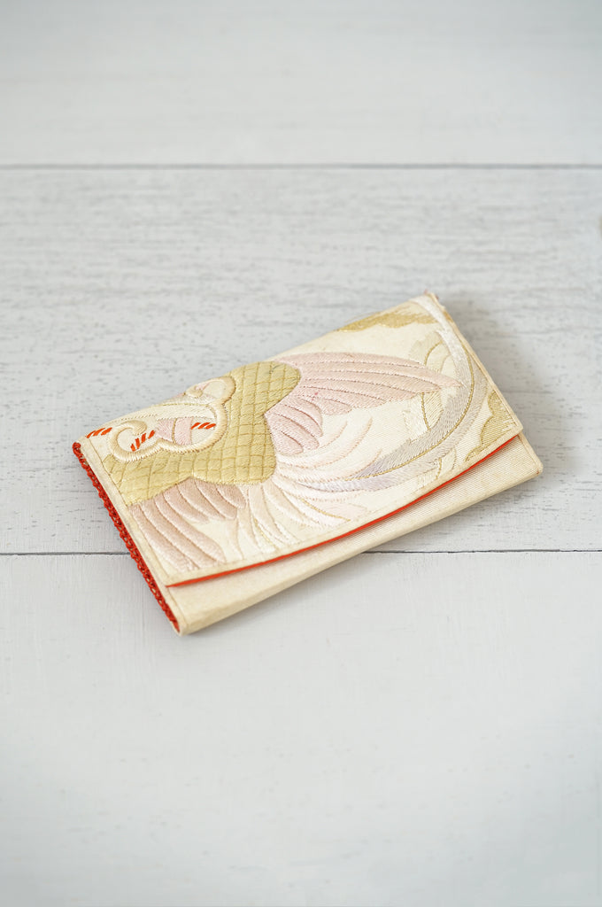 Vintage 1940s Japanese Silk and Hand-Embroidery Wallet - Compact - Card Holder