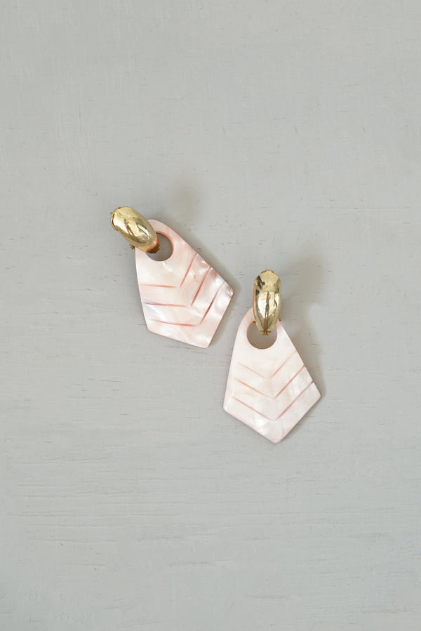 Vintage 1980s Pink Mother of Pearl and Gold Art Deco Hoop Dangle Earrings