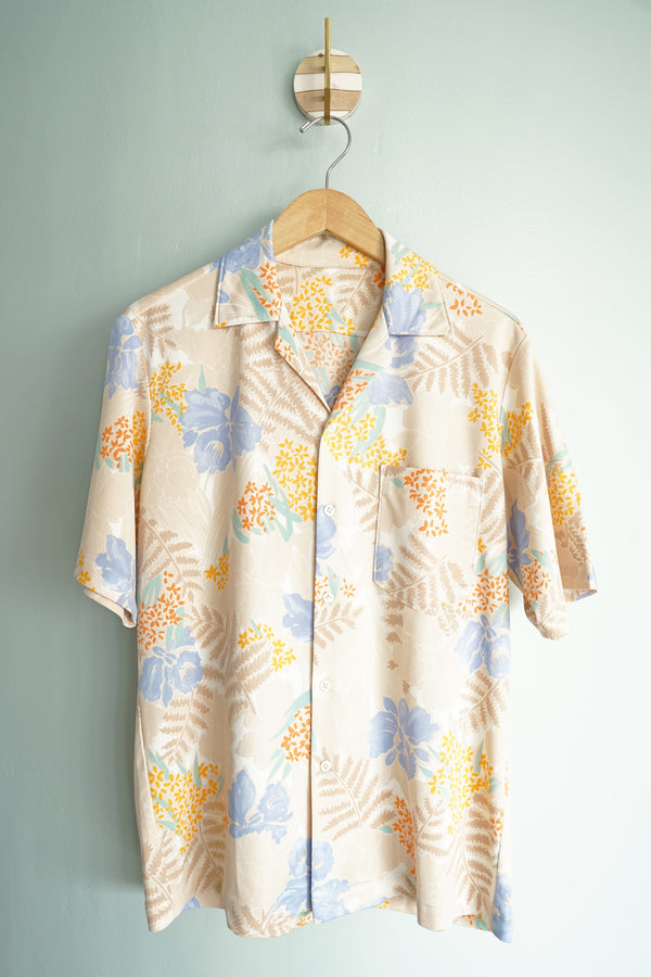 Handmade Vintage 1980s Soft and Stretchy Iris Flower Short Sleeve Collared Men's Shirt