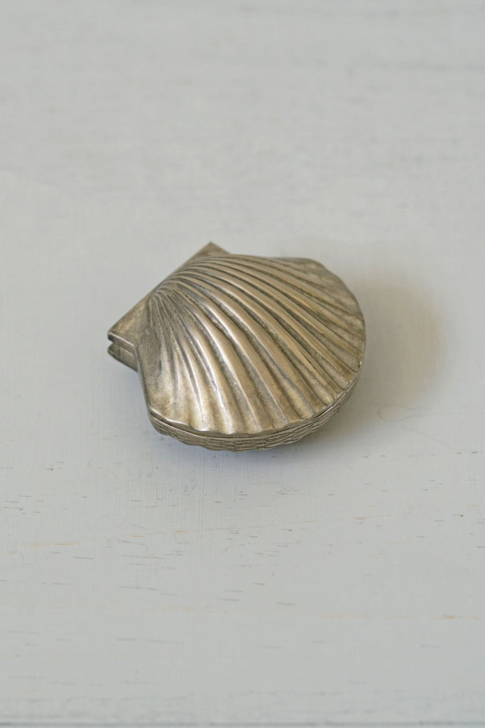 Vintage Silver Shell Pill / Trinket Box