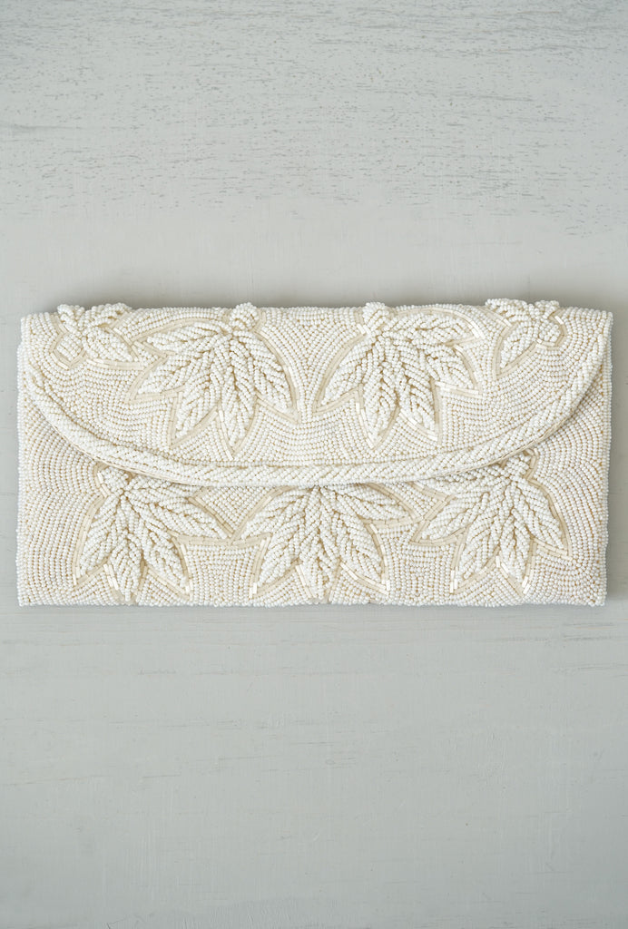 Gorgeous 1940s Vintage Hand-Beaded Palm Clutch Bag