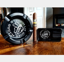 """Lit Ones"" Herfs Ashtray (Black)"