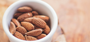 Raw, Organic & Nuts: Almonds for headaches