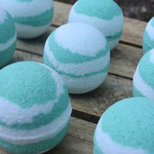 Coconut Swirl Crystal Bath Bomb