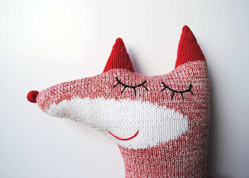 Handmade knitted soft toy - Fox Alice | LaMaglia toys | Fox soft toy | Moeder Fox favourite things