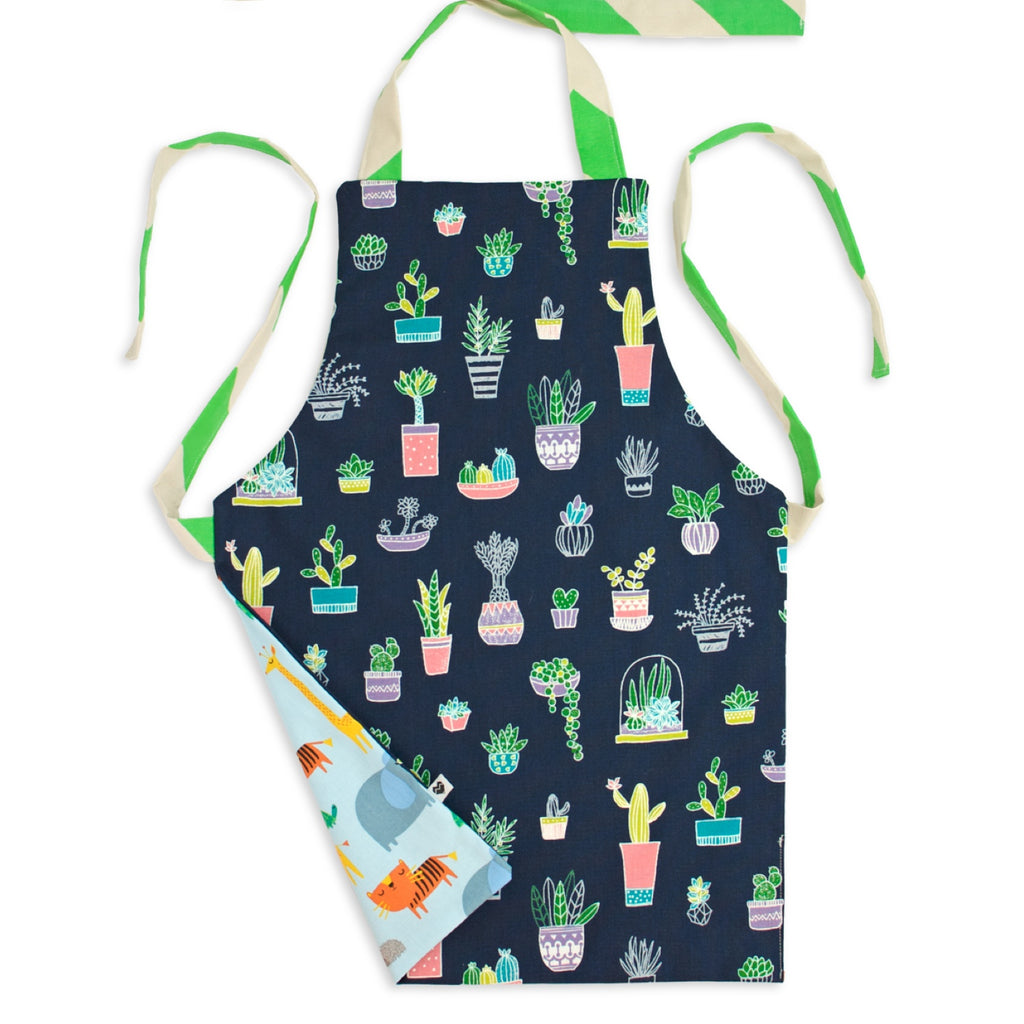 Toddler Kids Apron - Reversible | Animals and potted plants | handmade in Australia | Moederfox