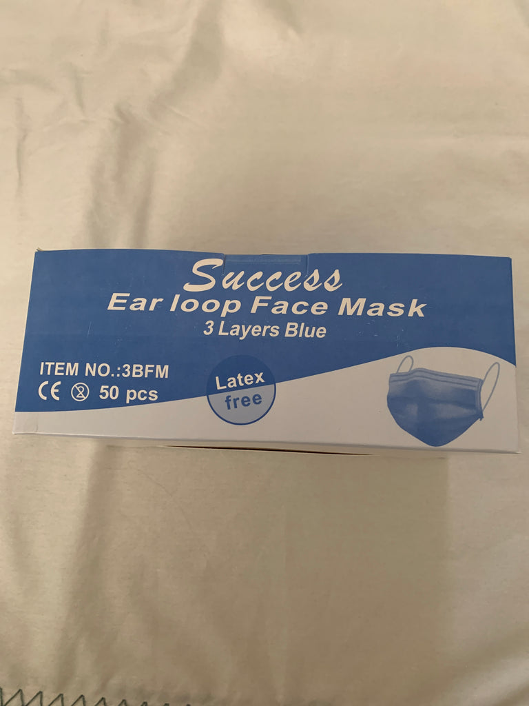 Face Mask Blue or Pink 50 Pieces