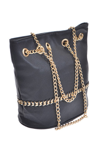 Halfway Chain Detailed Color Clutch
