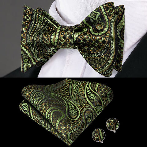 Emerald Fusion Mens Butterfly Bow Tie Set