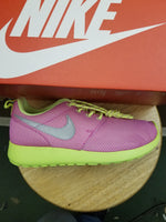 NIKE ROSHE RUN (GS) BIG KIDS
