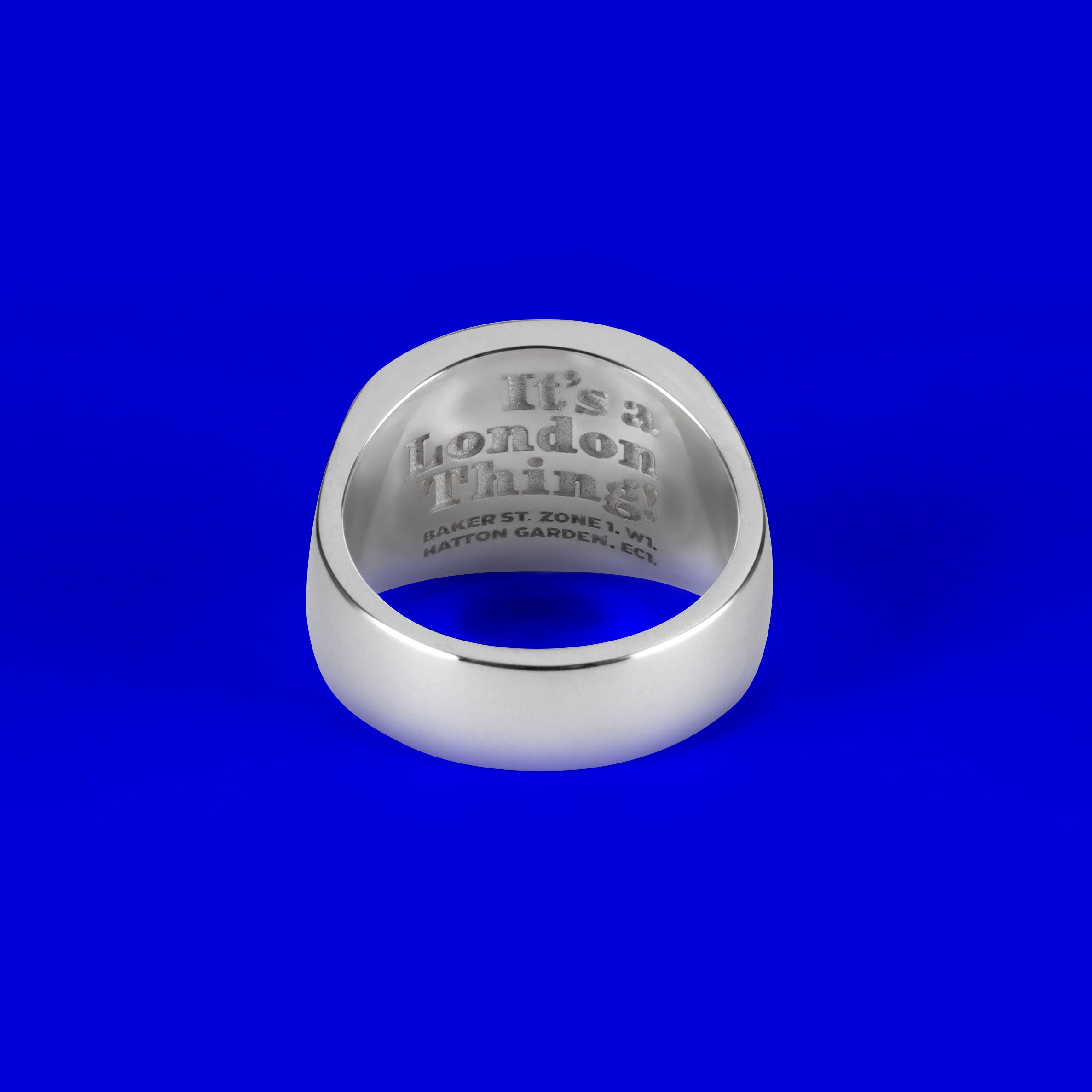 925 Sterling Silver Ovaled Signet Ring