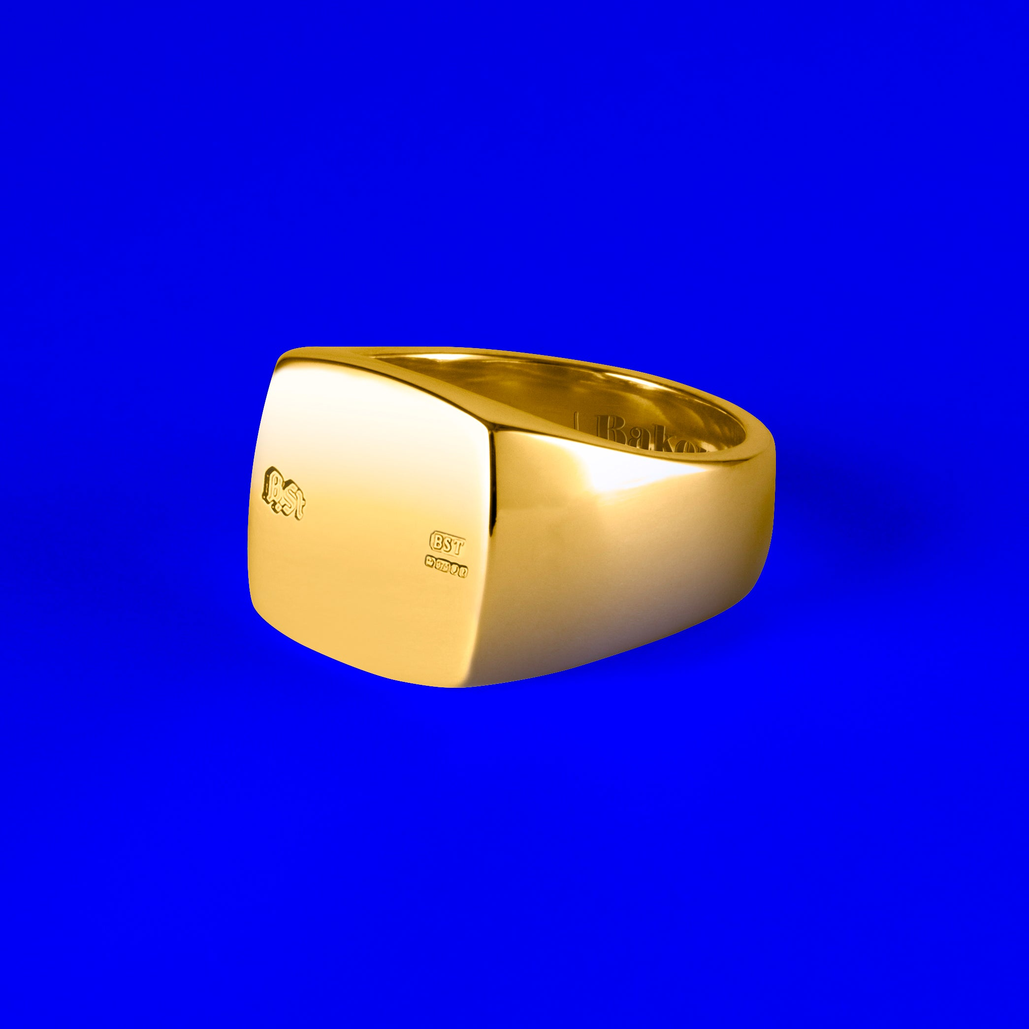 9ct Gold Squared Signet Ring