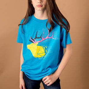 youth female wearing bright blue kids cut tee with image of bull elk in a wireframe style