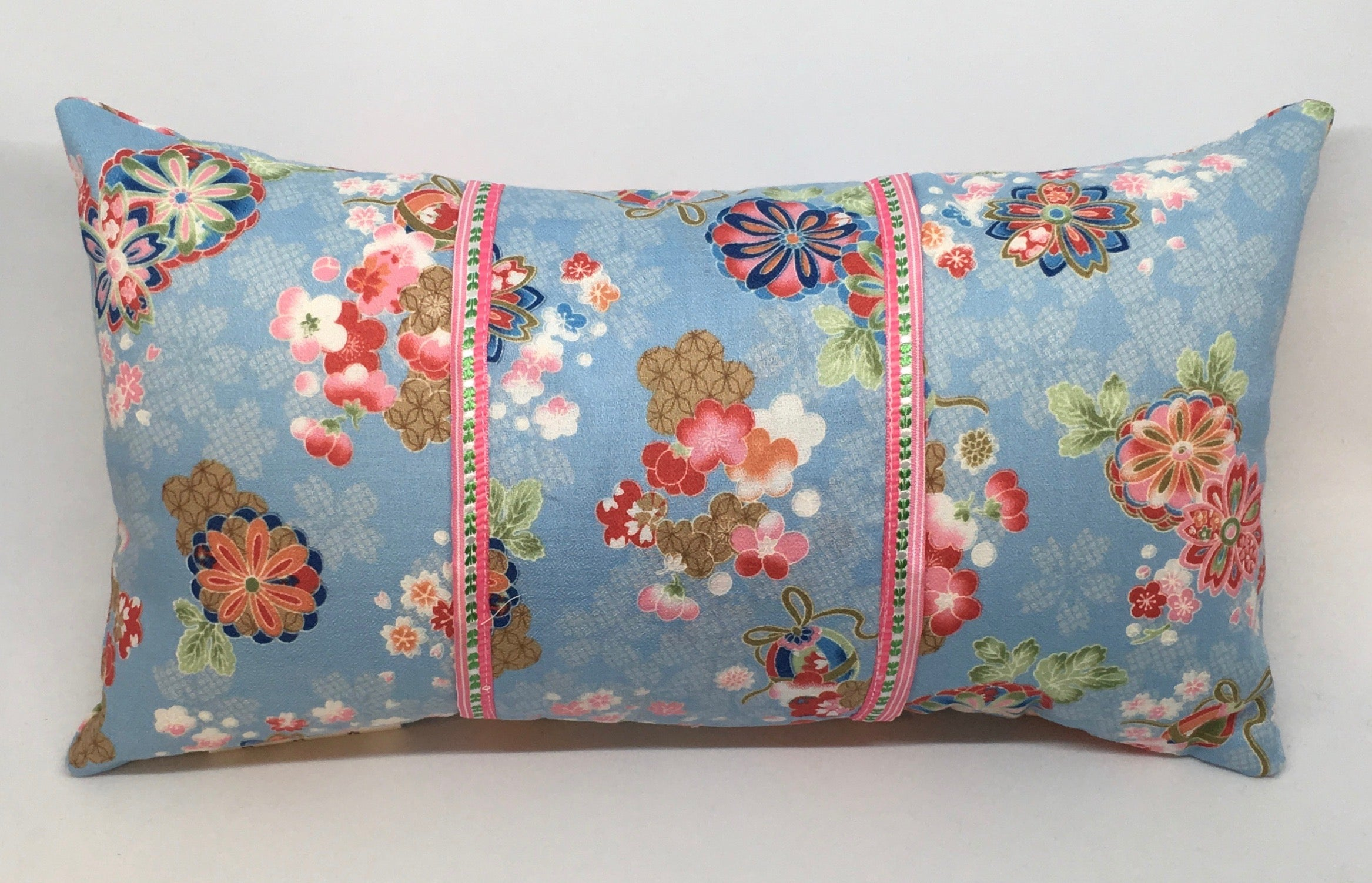Floral with Vintage Trim -  Pillow Pocket for your Intentions