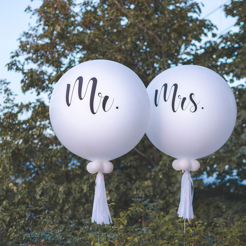 Specialty MR & MRS Wedding/Anniversary Balloons