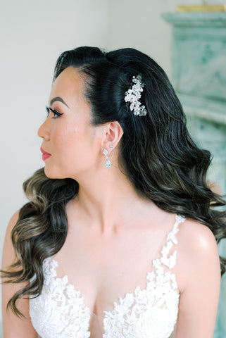 Dareth Colburn Wedding Blog | Bride, Wint's Wedding Close Up | Bridal Accessories & Jewelry