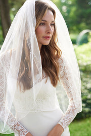 Scattered Pearl Bridal Veil