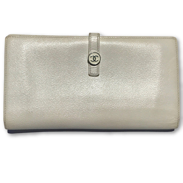 Chanel Portefeuille Clutch Wallet-Wallets & Clutches-Chanel-White-JustGorgeousStudio.com