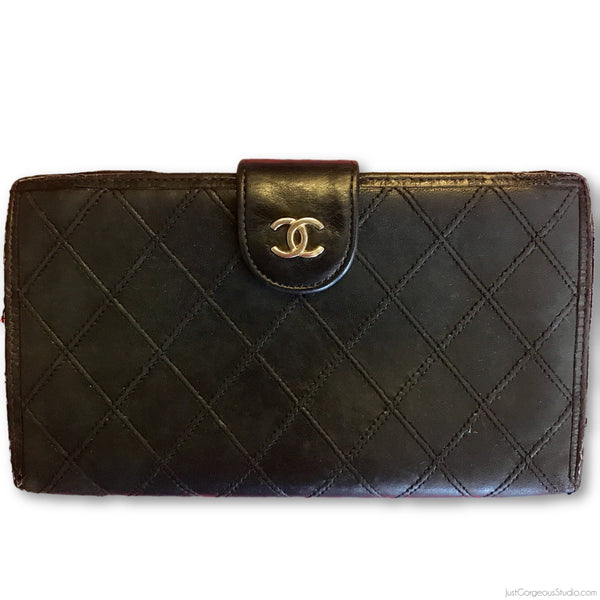 Chanel Quilted Portefeuille Kiss Lock Wallet-Wallets & Clutches-Chanel-black/gold-JustGorgeousStudio.com