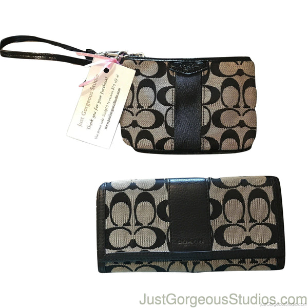 Coach Wristlet & Long Wallet - Authentic Bags Only
