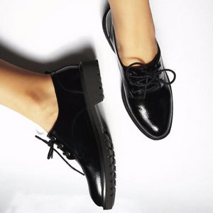 Women`s soft leather British style Oxfords
