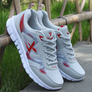 New casual women`s breathable mesh sneakers