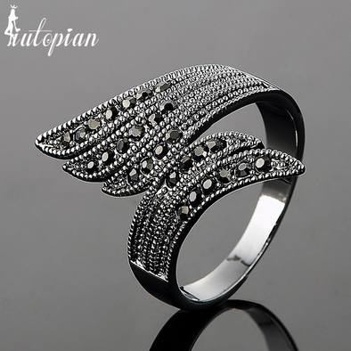 angel wing diamond black ring