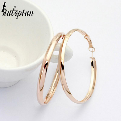 classic hoop gold earrings