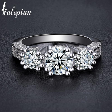 diamond silver ring with 3 crystals