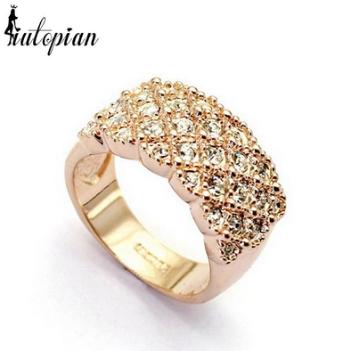 diamond encrusted ring gold
