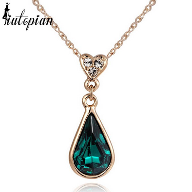 emerald green teardrop shape pendant gold necklace with heart and stones